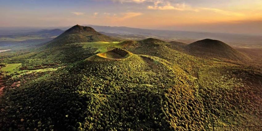 La Chaîne des puys – faille de Limagne inscrite au patrimoine mondial de l'UNESCO